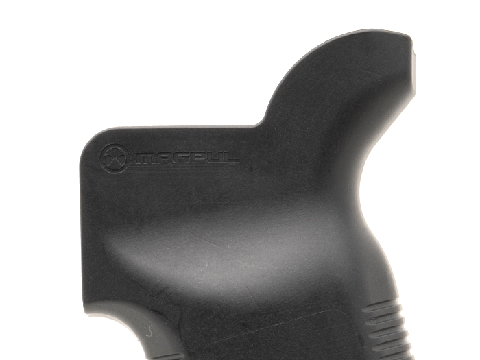 Closeup of Magpul MOE K2-XL's beavertail backstrap for enhanced ergonomics designed for proper trigger finger support